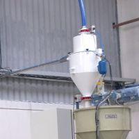 Abastecimento de Compostos de PVC em Pó em Extrusoras